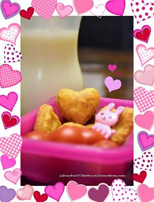 http://www.lifestylesofthestayathomemom.com/2014/01/valentine-cheddar-chive-crackers.html