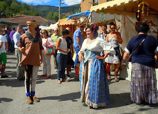 Asturias con niños: Mercáu tradicional de Cenera