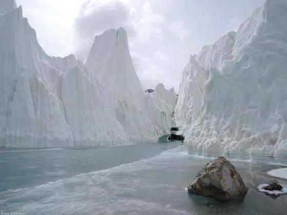 baltoro-glacier