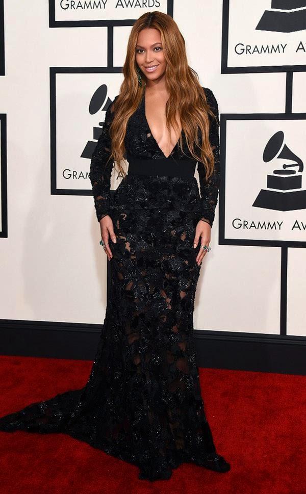 Beyonce shines in black dress