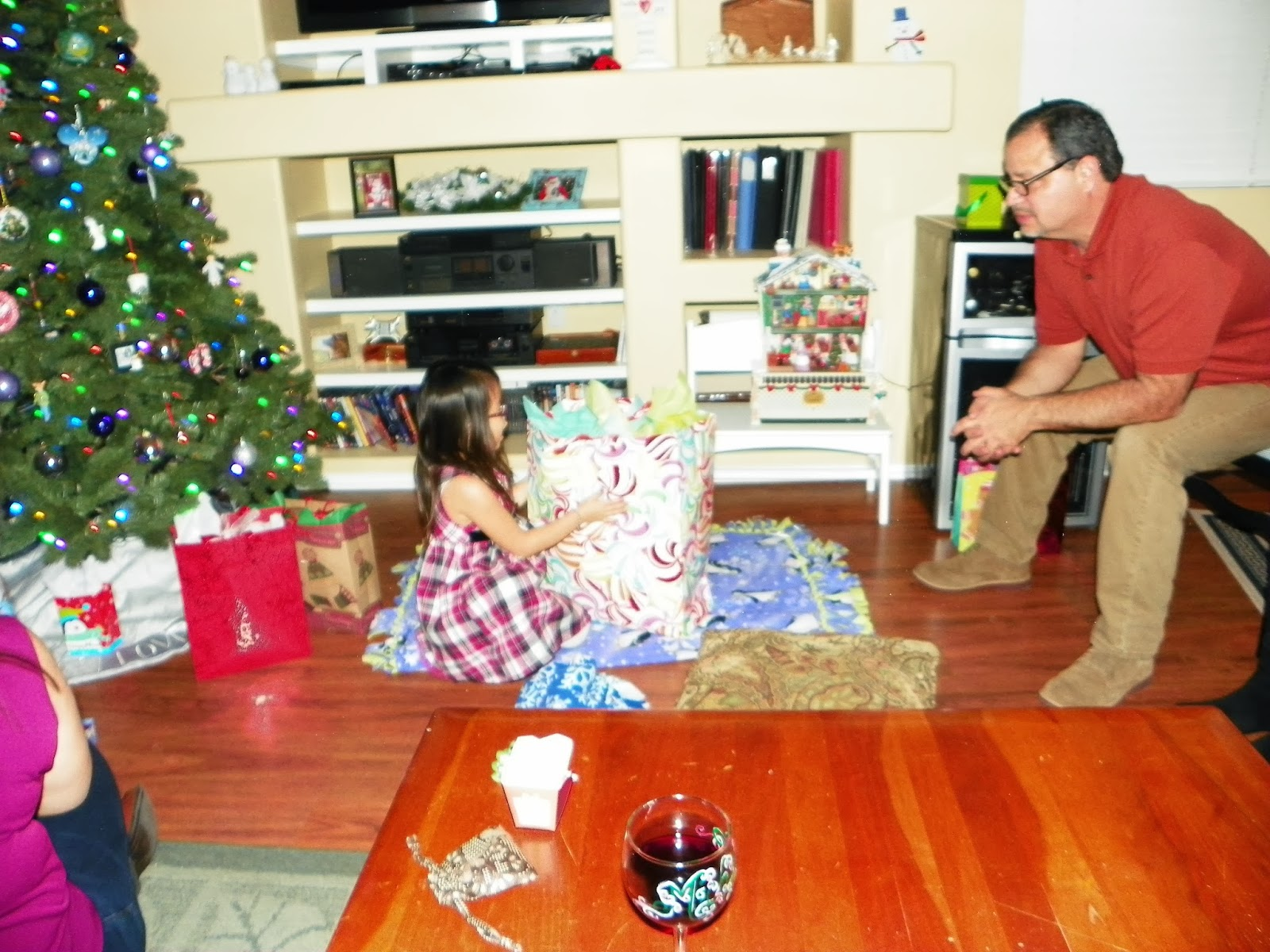 Gift opening games for christmas morning breakfast