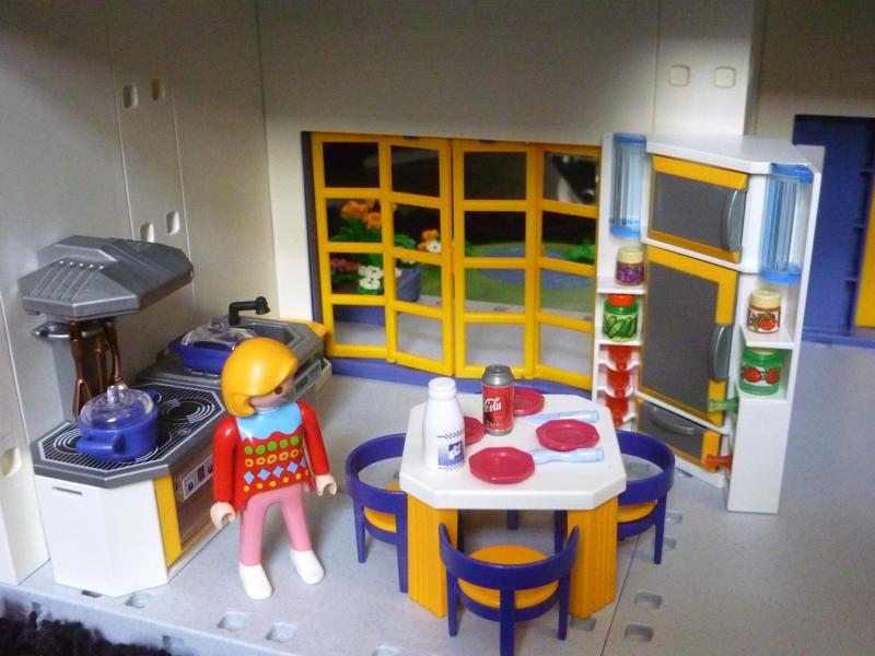 La bo te bazar maison playmobil for Salle de sejour playmobil