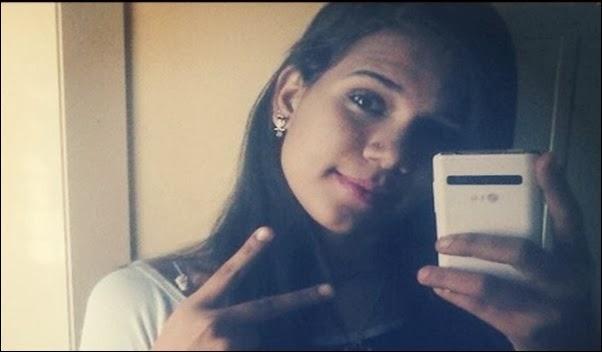 Por causa de cheiro do perfume garota de 15 anos é morta na escola