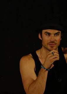 http://upload.wikimedia.org/wikipedia/commons/b/ba/Ian_Somerhalder_%287450323974%29.jpg