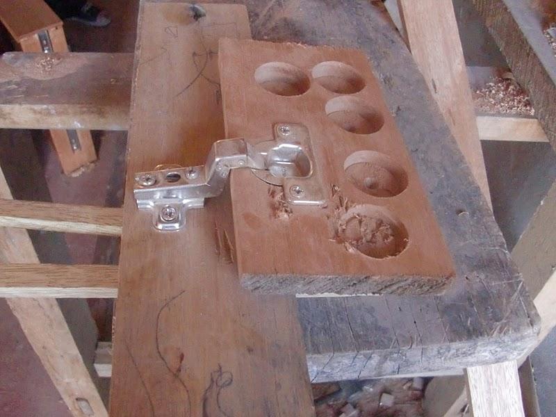 Decoraciones manualidades en madera como instalar bisagra - Bisagras para madera ...
