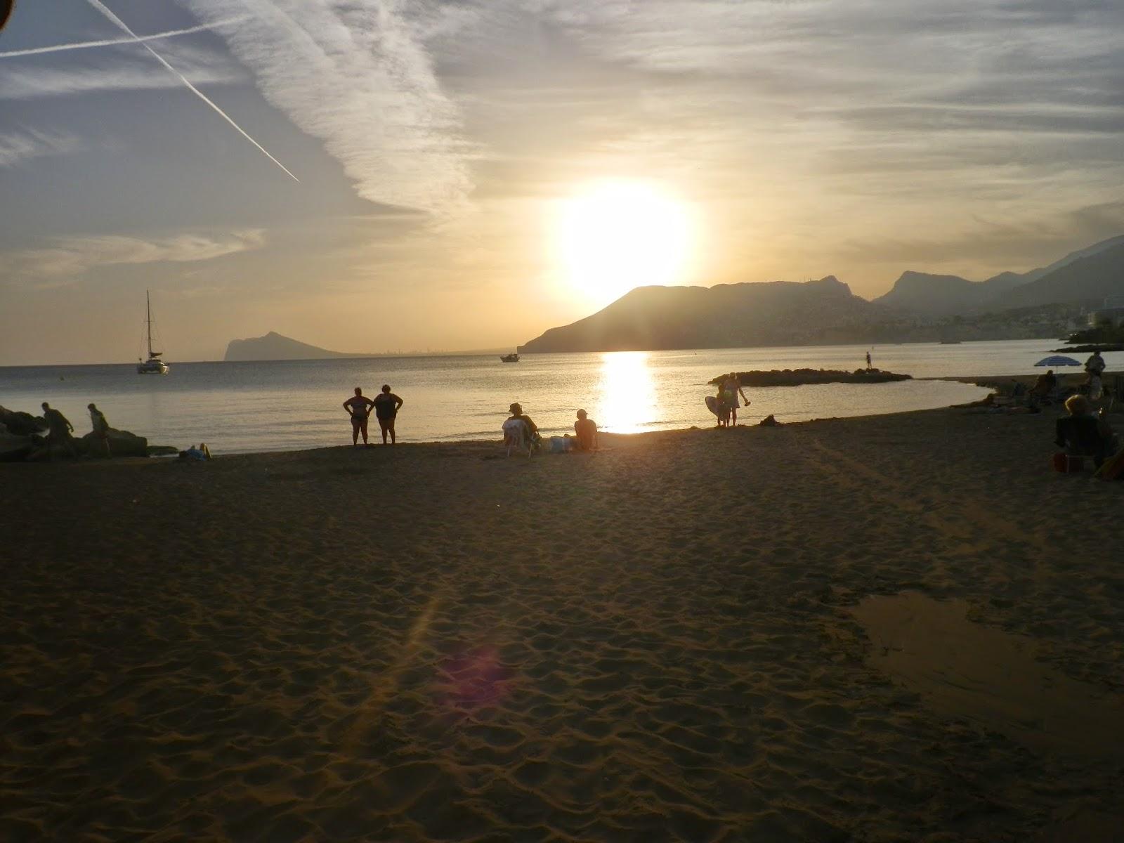 coucher de soleil plage  calpe espagne