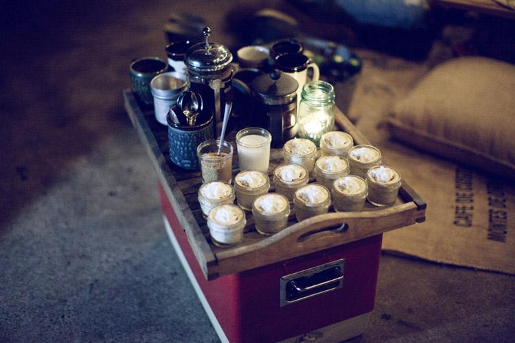 dia en el campo con los amigos cena rustica los cafes