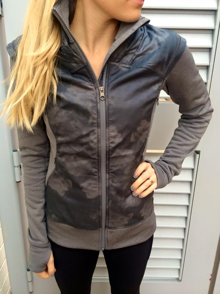 lululemon snug sprinter jacket