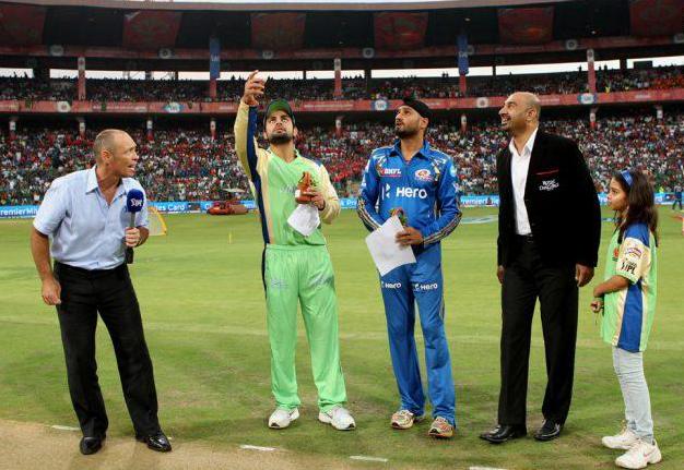 Match-62-Virat+Kholi-and-Harbhajan-Singh