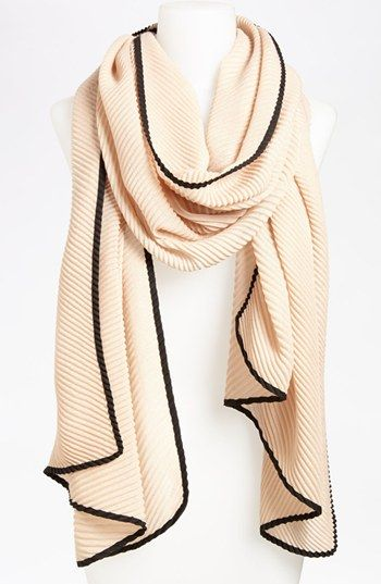 Beautiful Pleat Scarf