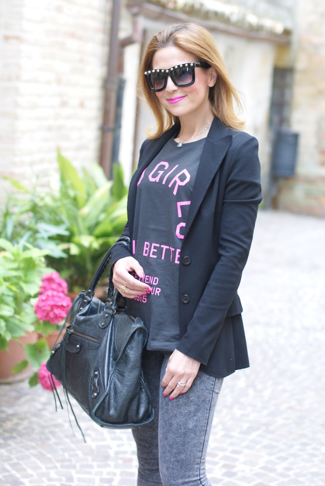 bad girls do it better tee and Carla G blazer on Fashion and Cookies fashion blog