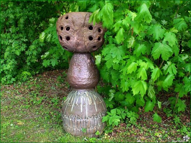 http://plantsgallery.blogspot.com/2014/04/ceramiczna-rzezba-ogrodowa.html