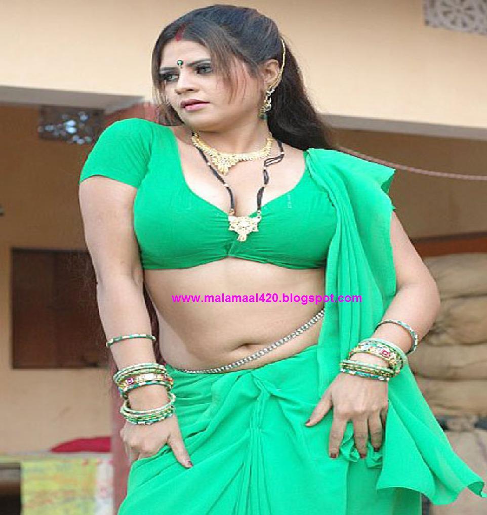 Sapna Hot