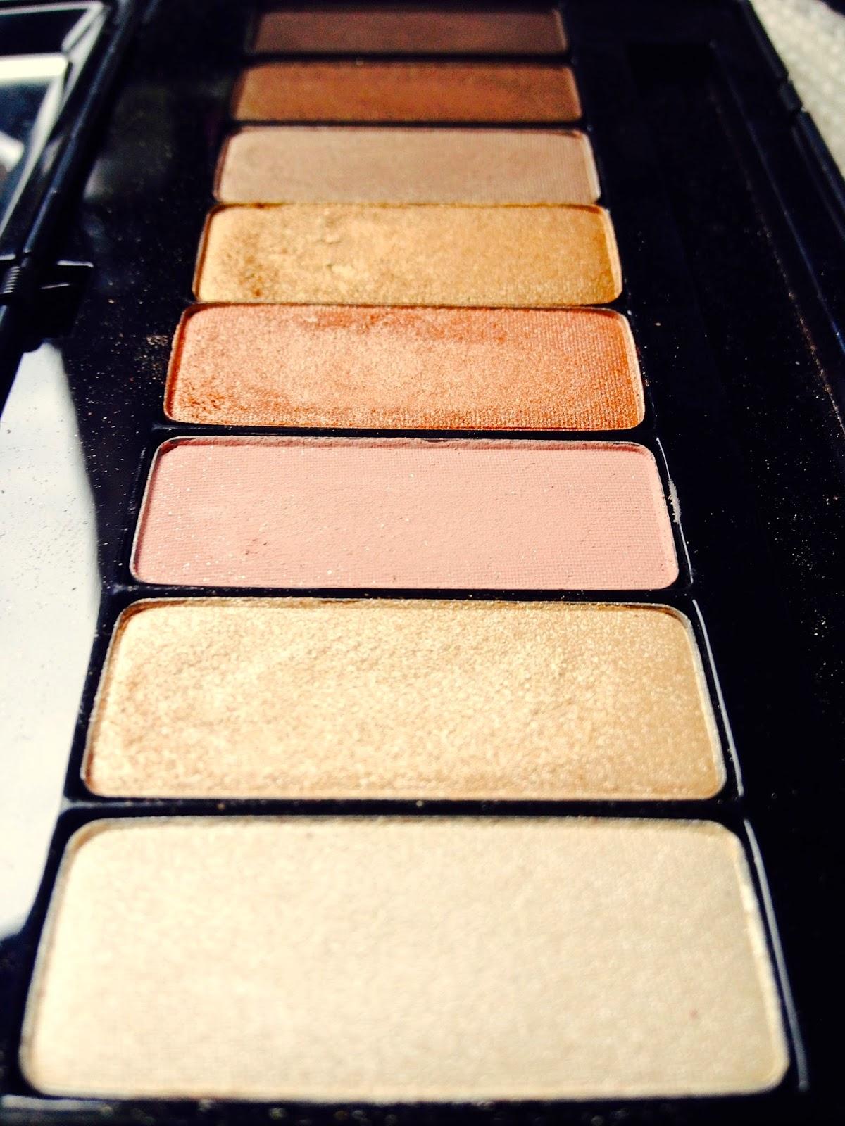 Kat Von D True Romance Eyeshadow Palette Saint