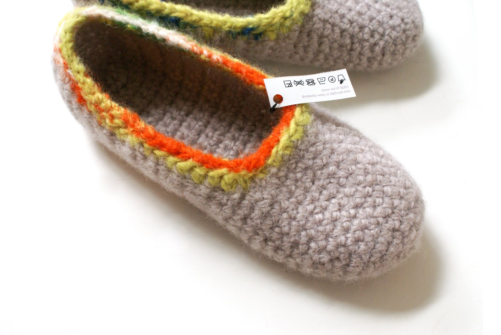 Felted Crochet : white noise maker: New Felted Crochet Slippers