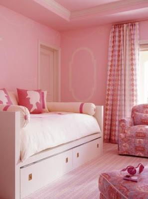 Habitación con acentos rosa