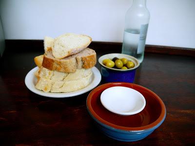 Bread and Olives at Ultracomida