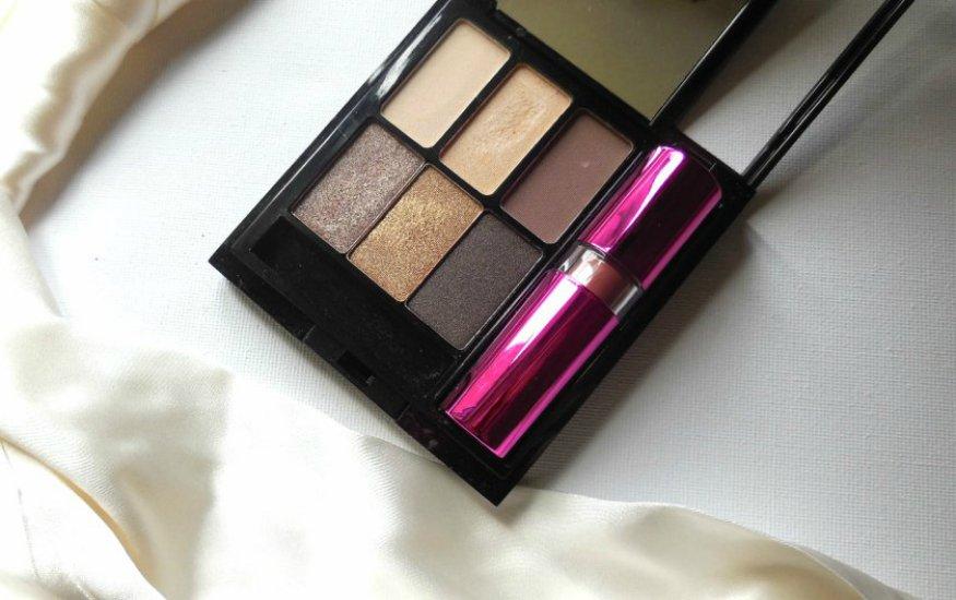 travel makeup compact