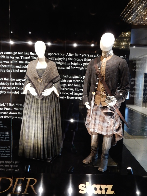 Outlander Claire Randall Jamie Fraser costumes