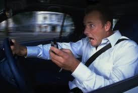 jangan sms-an saat menyetir