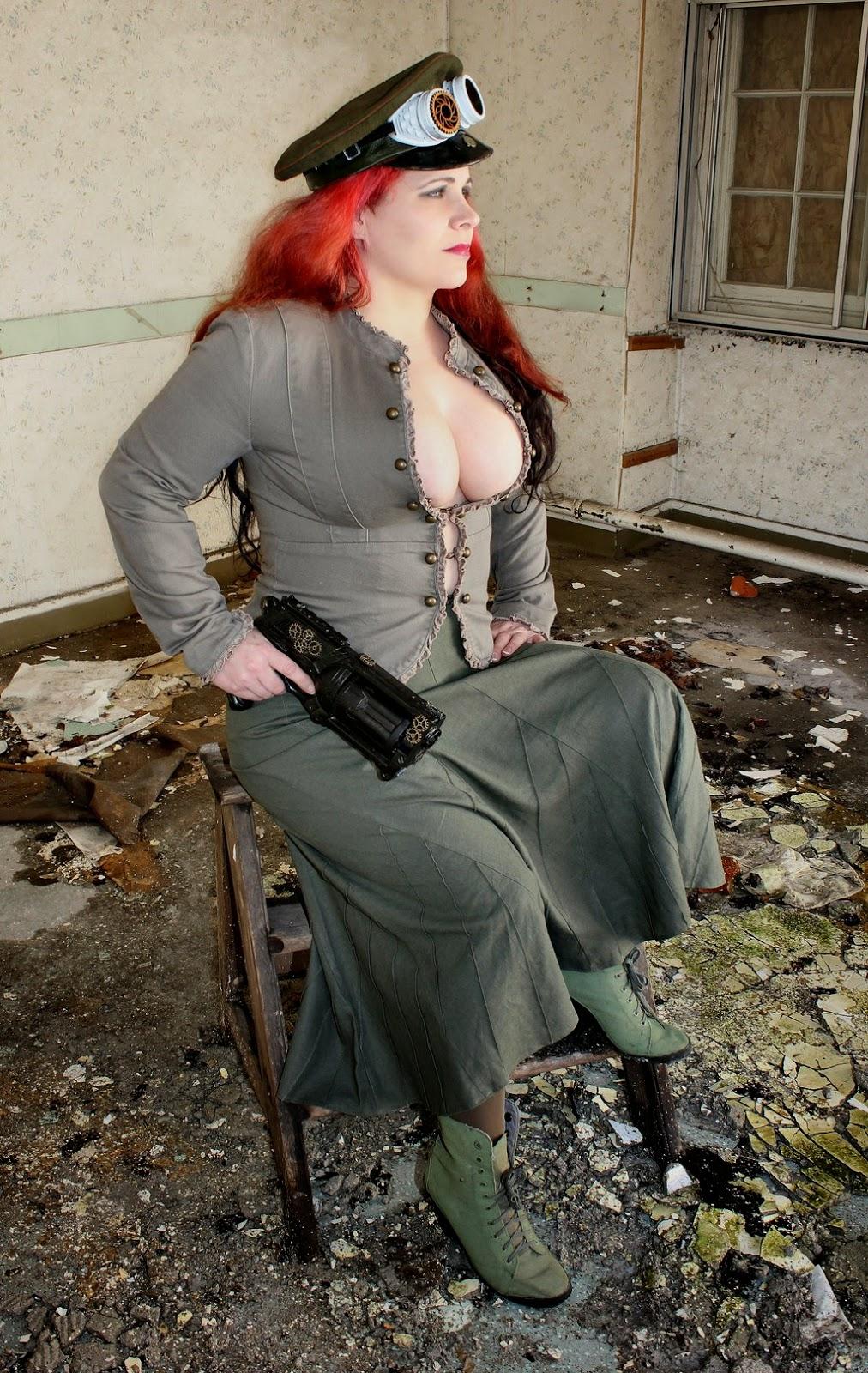 guerrière steampunk au décolleté généreux cheveux rouges