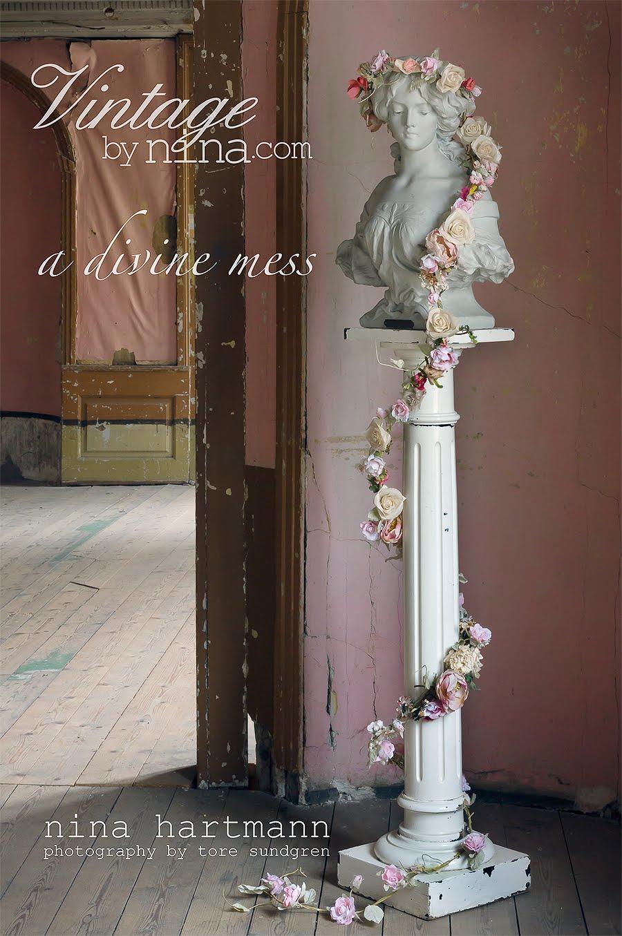 Maila om du vill förhandsboka Nina Hartmanns nya bok som utkommer i september.