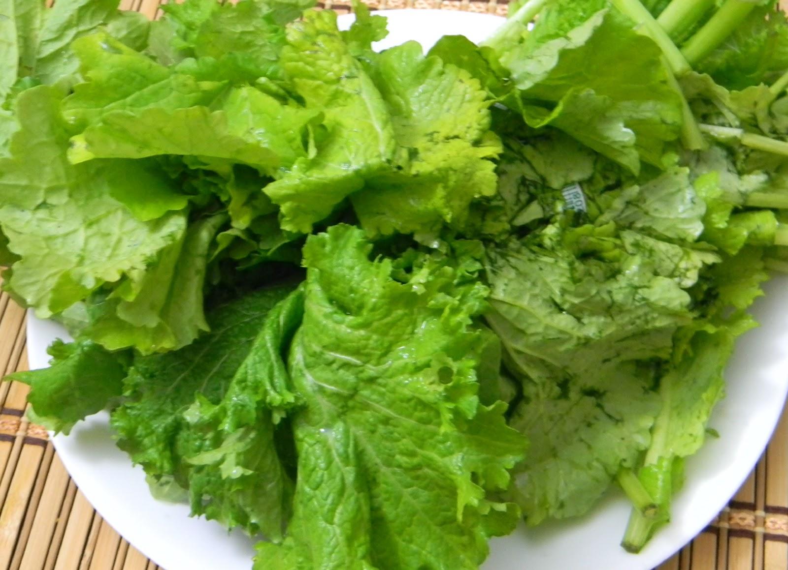 Foody - Buddy: Sarson Ka Saag / Mustard Greens Gravy