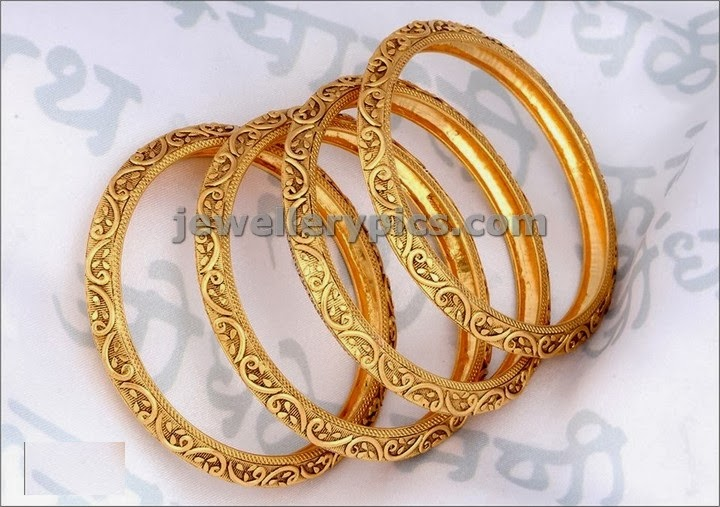 antique finish gols bangles from Pn gadgil jewellers