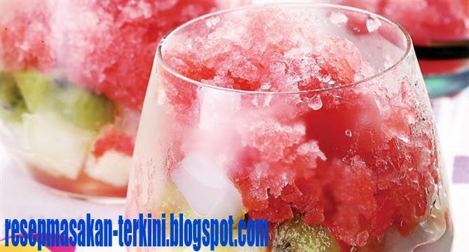 resep minuman Granita semangka tabur buah