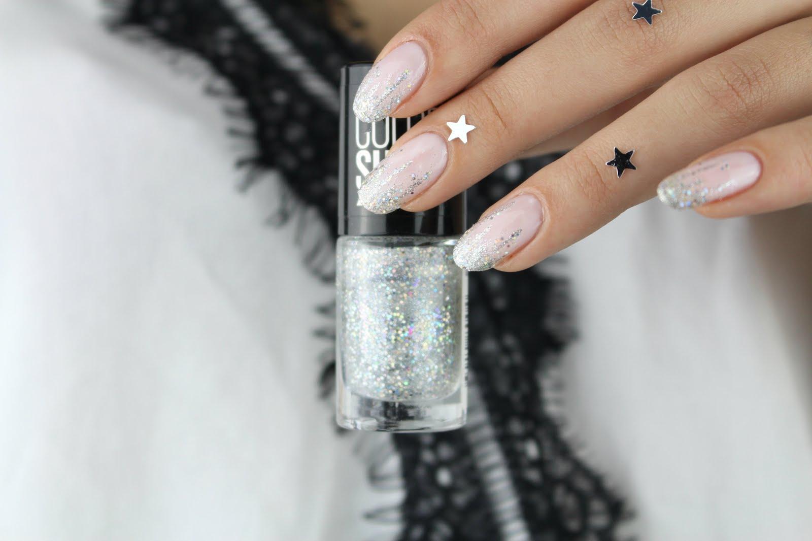 Glamorous glitter nails | Nelly Ray