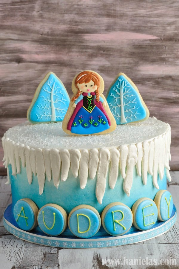 Hanielas Movie Frozen Cake with Cookie Decorations