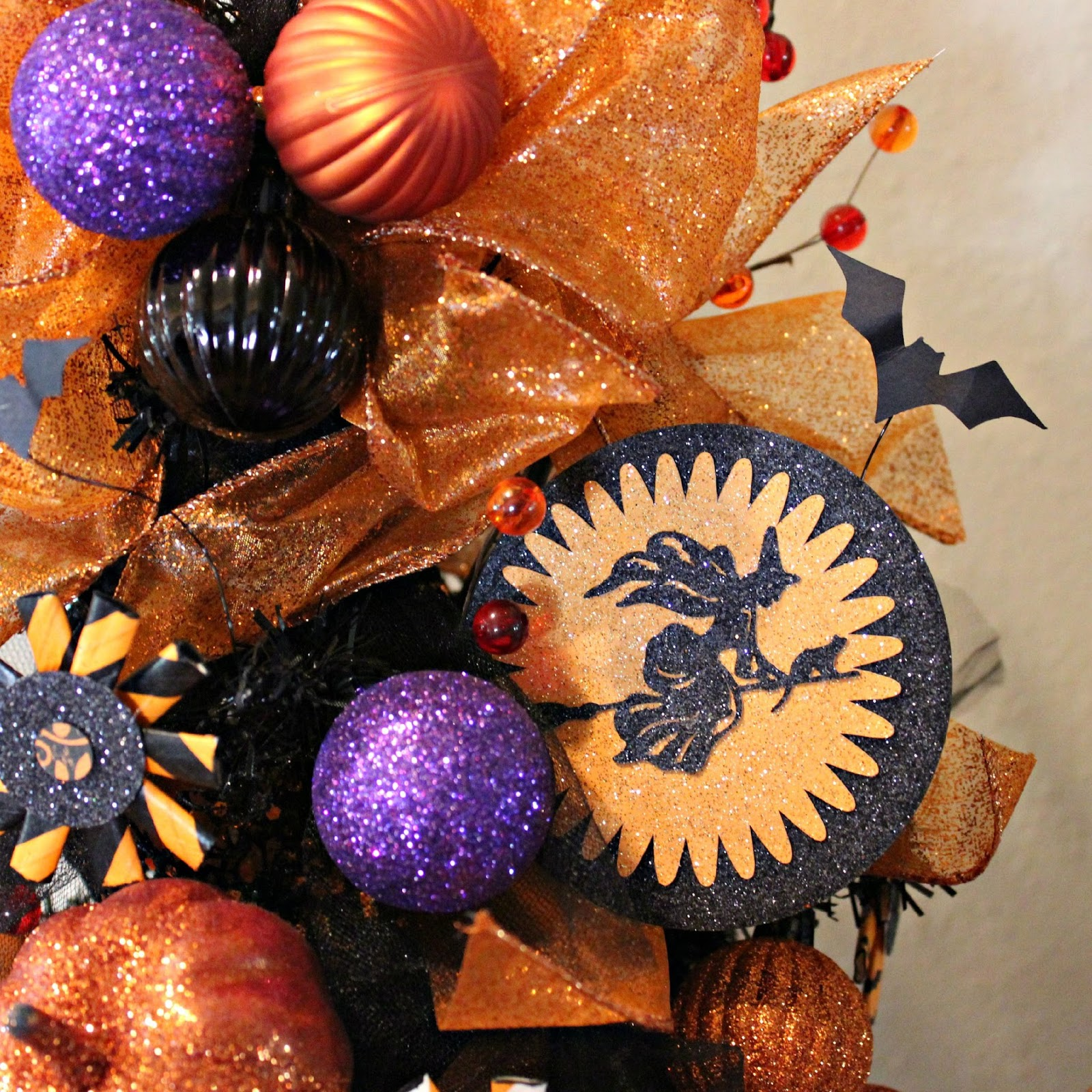 how to make a halloween tree out of paper
