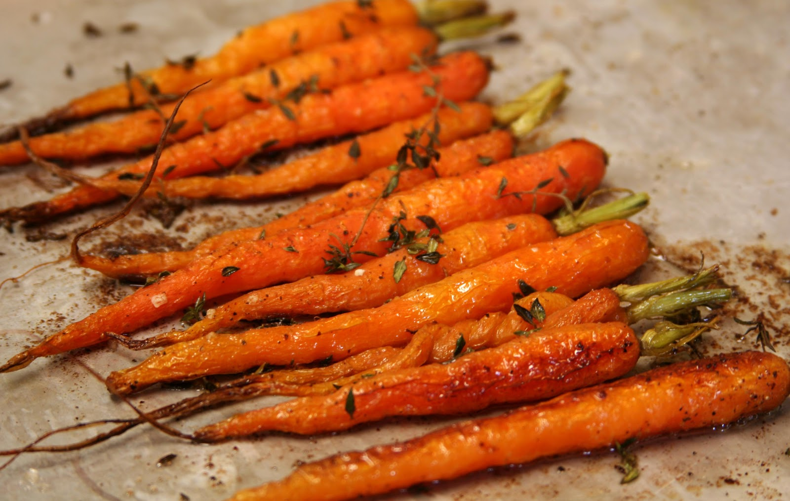 Culturally Confused: What Katie Ate: Thyme Roasted Baby Carrots