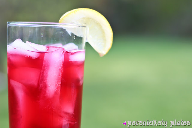 Persnickety Plates: Passion Tea Lemonade {Starbucks Copycat}