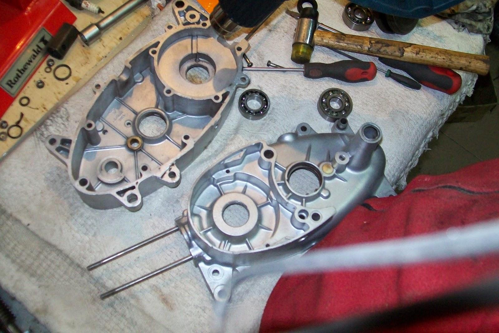 Jawa połówki silnika jak nowe