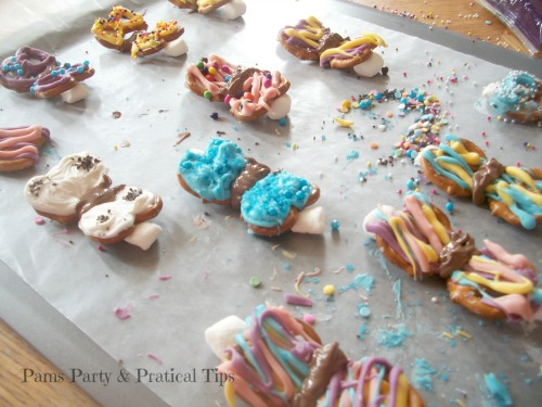 How to make butterfly pretzels
