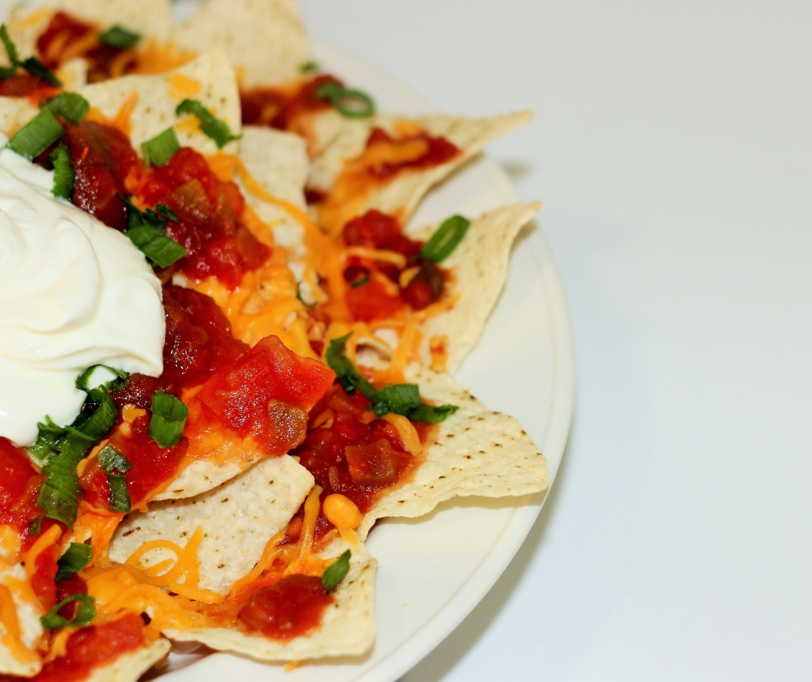 My Delicious Homemade Nachos Recipe With Layer-By-Layer Technique