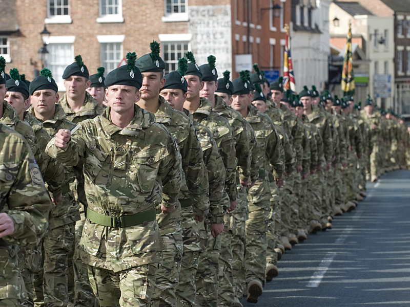 Británicos (Malvinas, Irlanda, Balcanes, Irak, A-stan) Mtp-royal-irish-afghanistan