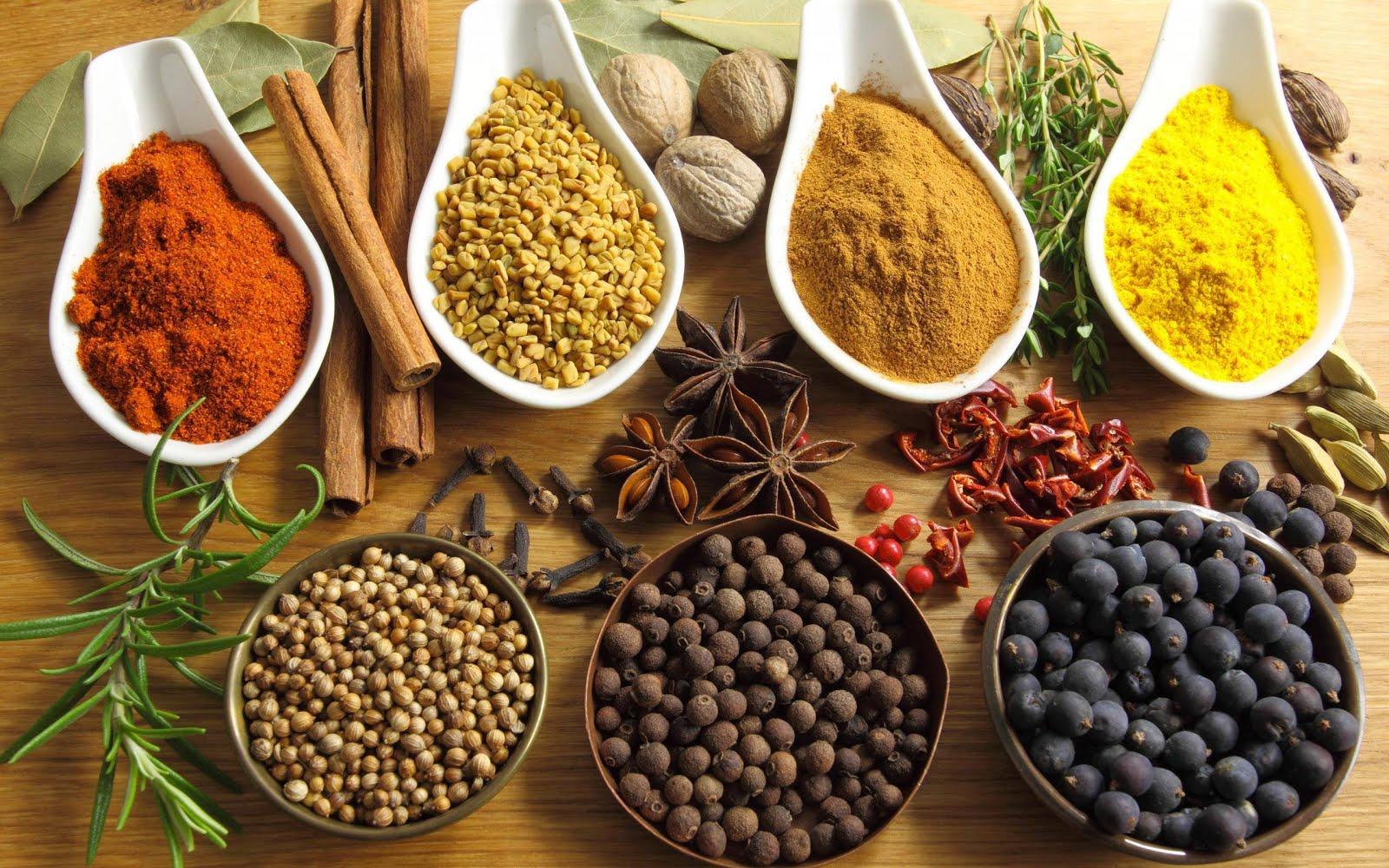 Κορυφαία Αντιφλεγμονώδη τρόφιμα, βότανα και μπαχαρικά