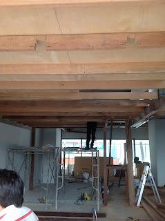 Building of mezzanine floor