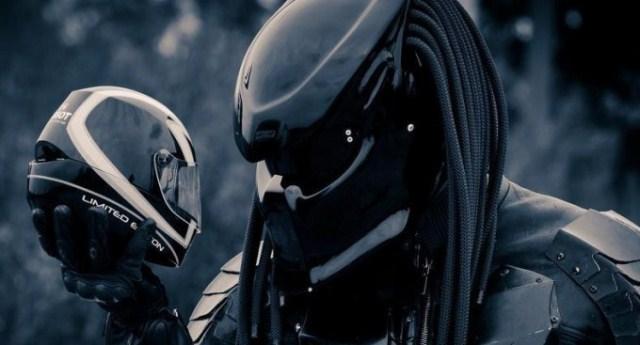 Predator 2, Helm Keren Rider Ala Film Predator