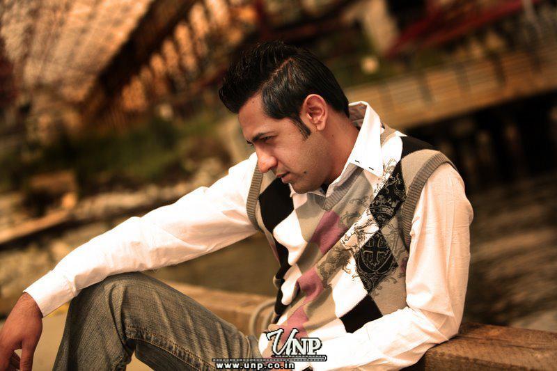 Gippy Grewal Potraits Punjabi E...