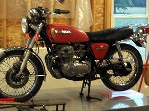 1977+Honda+CB550+Cafe+Racer-b.jpg