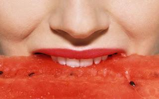 comer-melancia-bom-para-saude