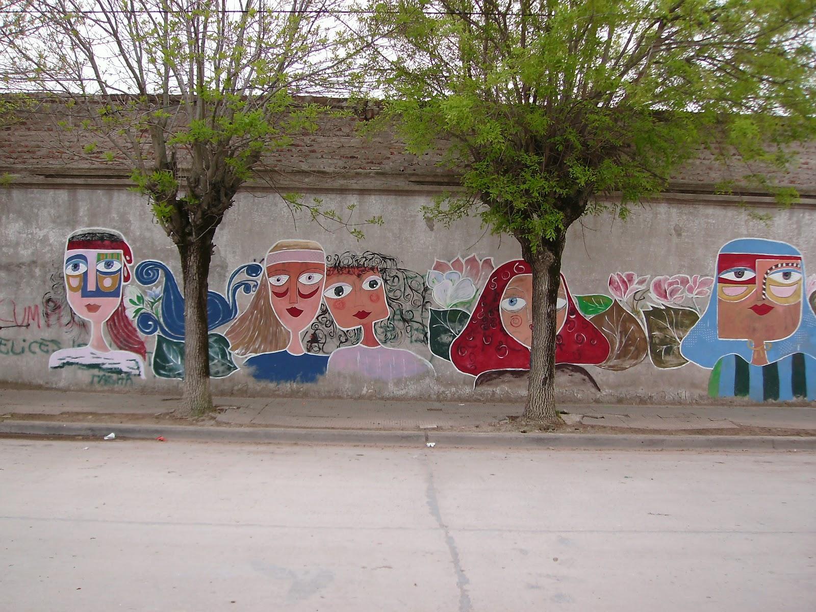 Copetonas pueblo abierto vidrieras murales y artesanos for Club joven mural