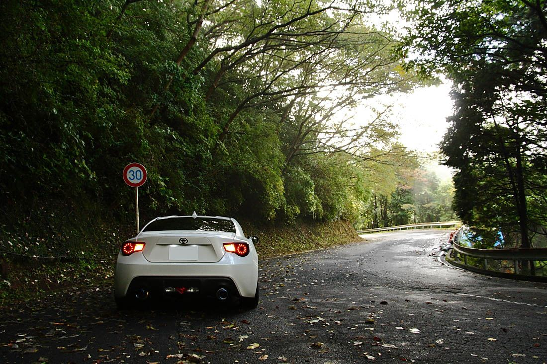 sportowe samochody, co to jest, toge, Japonia, tunned, illegal, Toyota GT86, 峠, 走り屋, チューニングカー, ワインディングロード