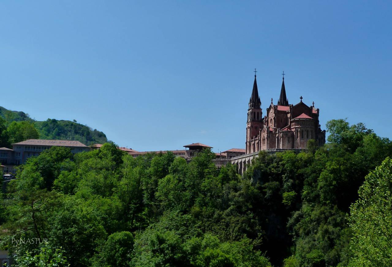 Santuario de Covadonga Asturias