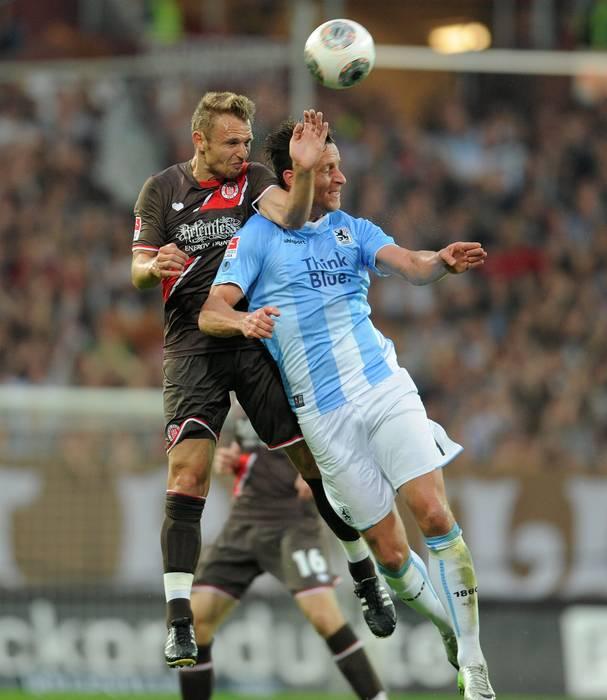 Jogo de estréia - FC St. Pauli 1 : 0 TSV 1860 München