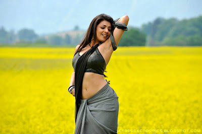 Kajal Agarwal sexy saree