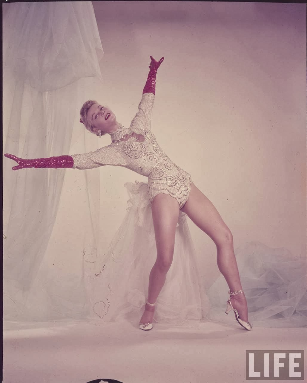 Did Vera-Ellen s Neck Have to be Covered During the Filming of Vera ellen photos hot